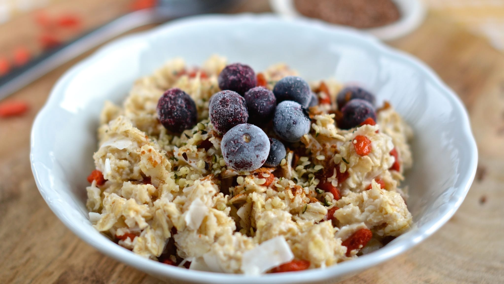 Oatmeal with Blueberries and Coconut