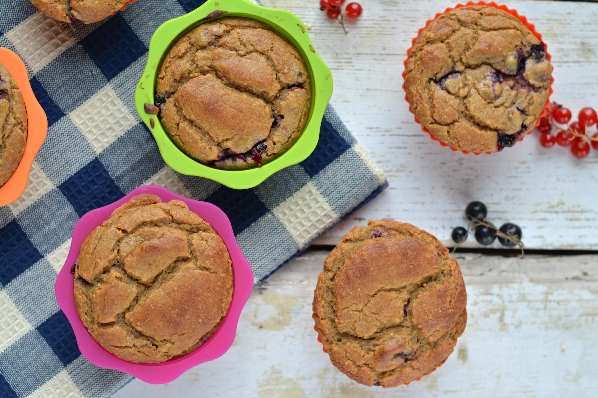 Millet-Buckwheat-Fig Muffins with Blackcurrants