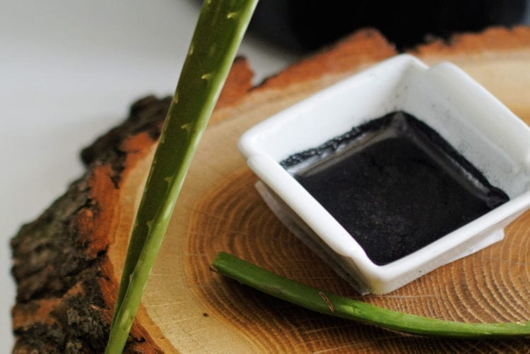 Activated Charcoal Facemask