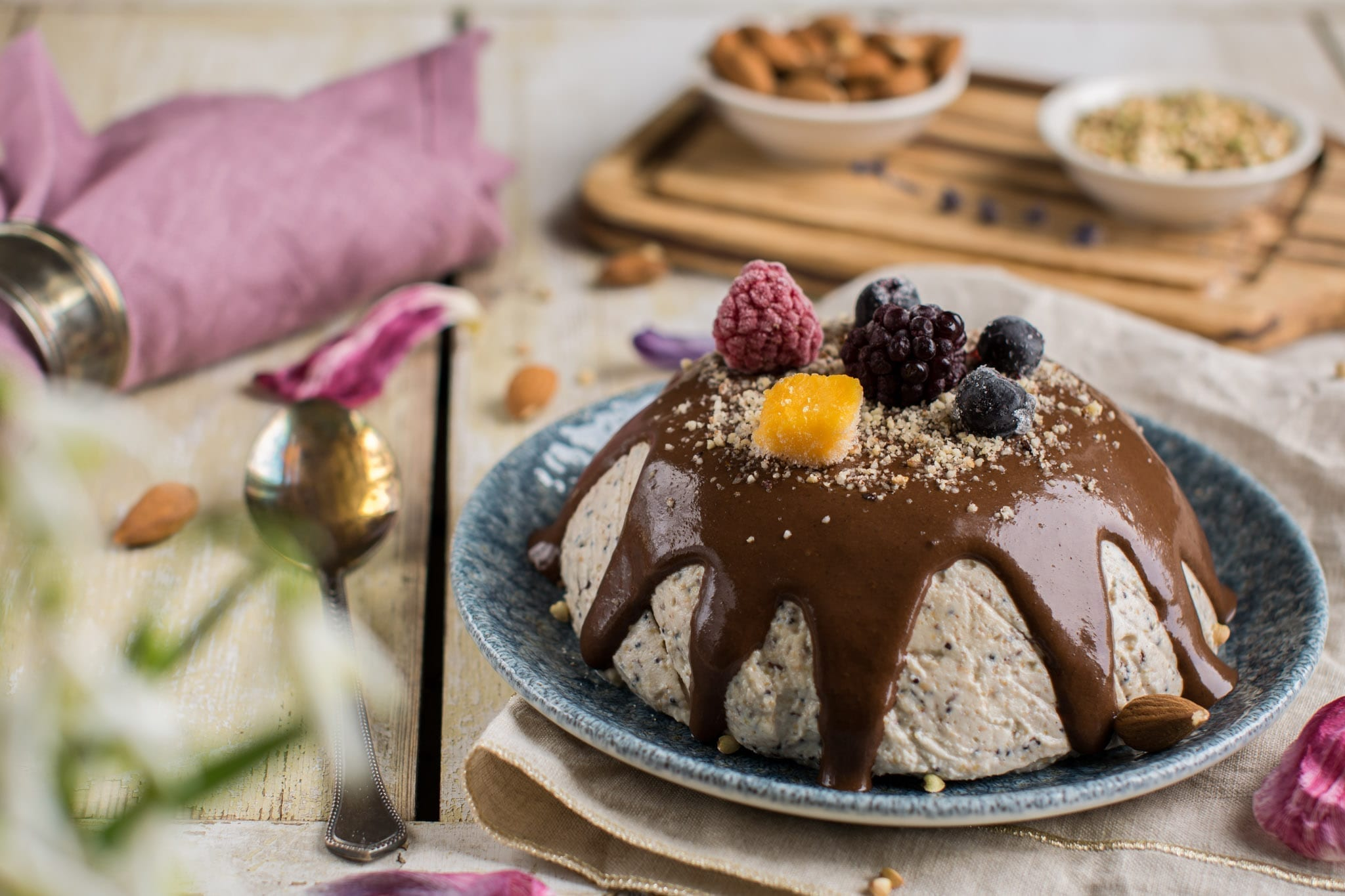 raw Easter cheesecake pascha