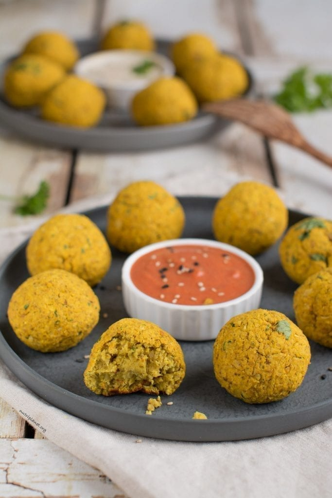 Easy Baked Vegan Falafel Recipe with Canned Chickpeas