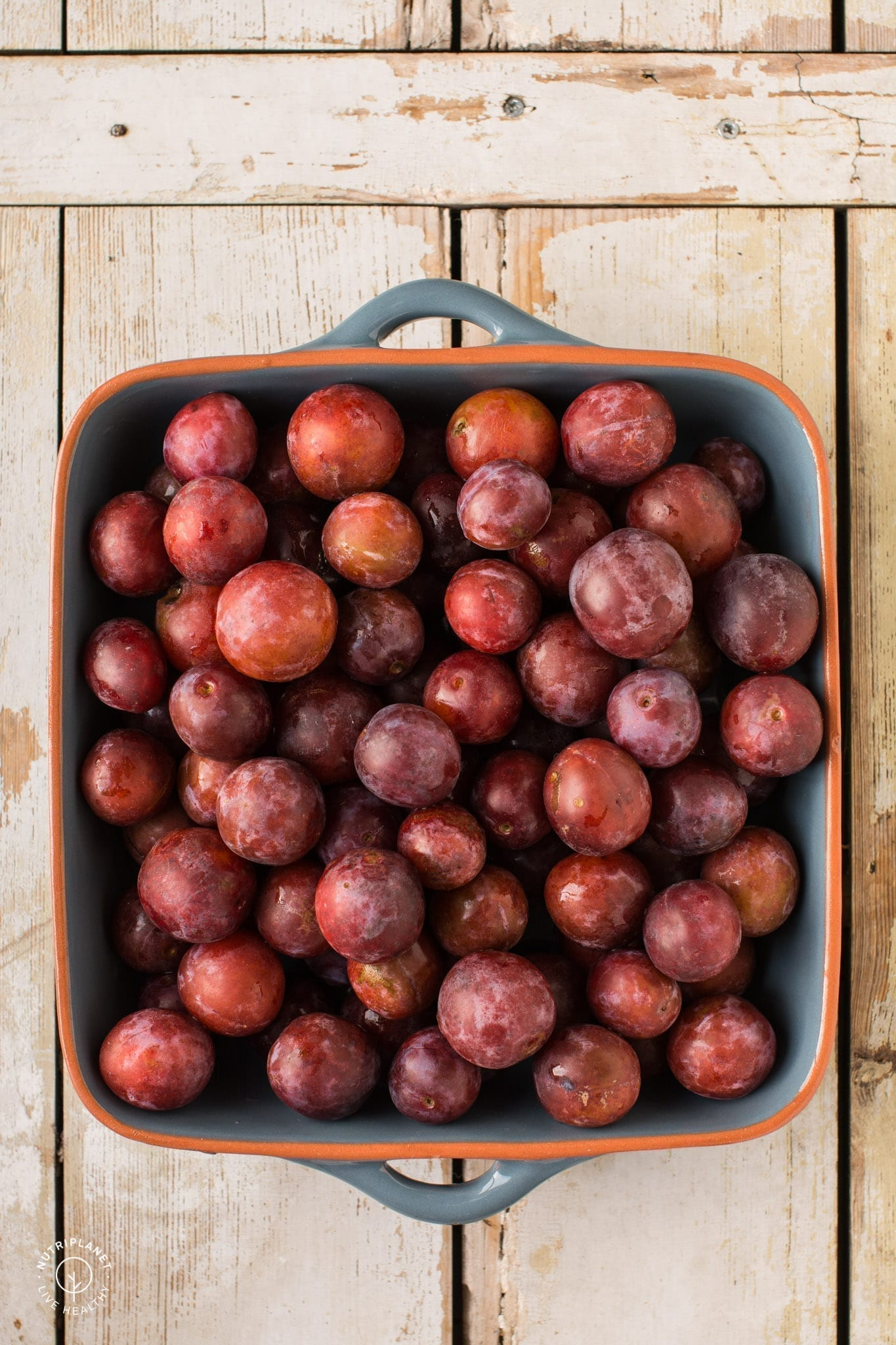 Spiced low-sugar plum jam for canning that will make a perfect spread for toast or topping for porridges, pancakes and waffles.