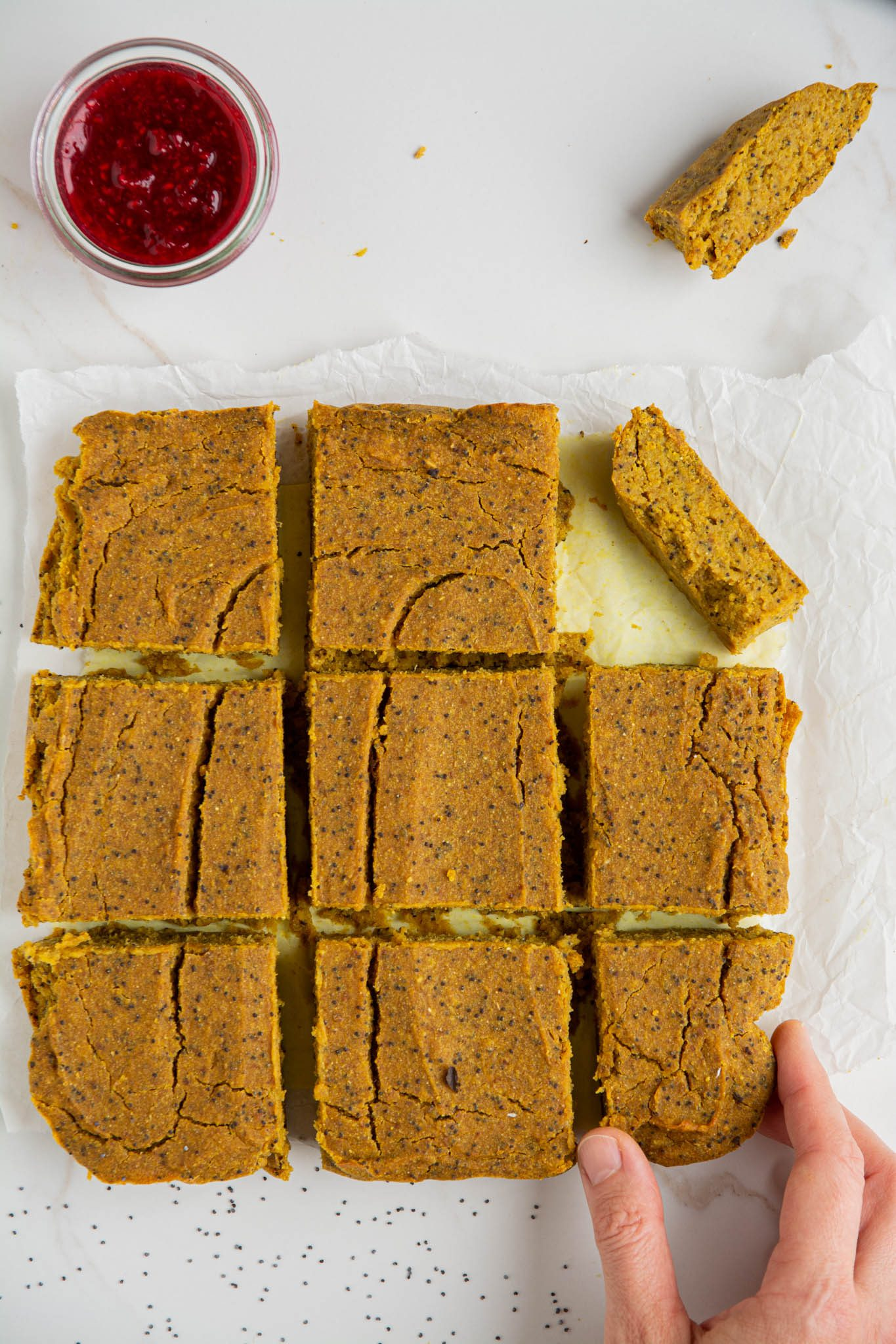 Learn how to make a healthy gluten-free vegan pumpkin pie recipe without crust. This pie is light and lean, therefore suitable for weekday indulgence. However, it can also be the main dessert on your vegan Thanksgiving table.